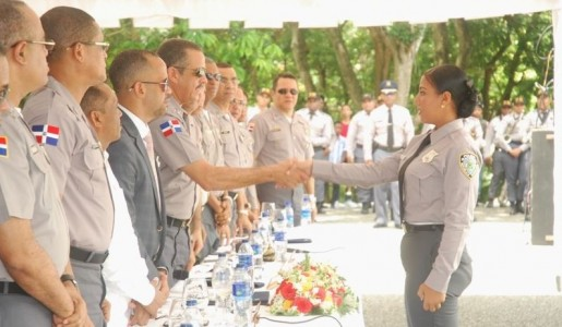 Director general de la Policía encabeza graduación de 573 nuevos agentes